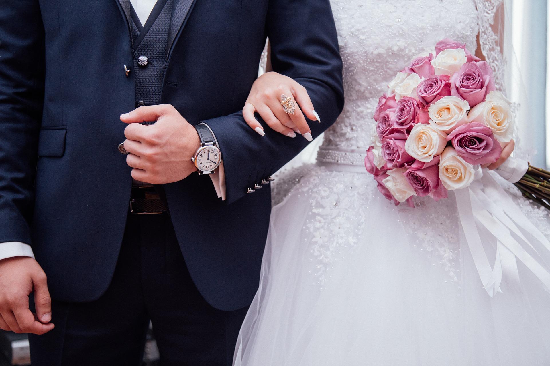 Kleider zur Hochzeit