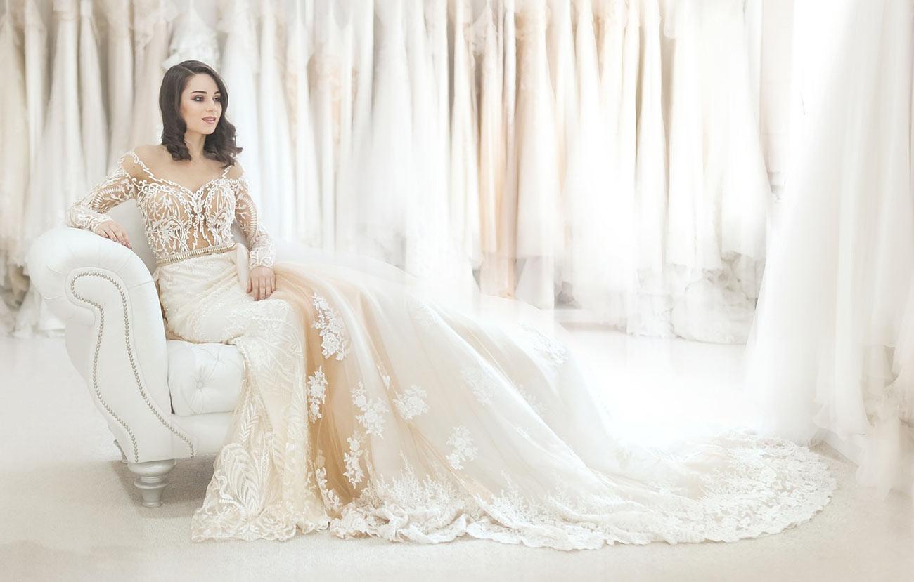 Hochzeitskleid Spitze - Brautkleider mit Spitzenapplikationen