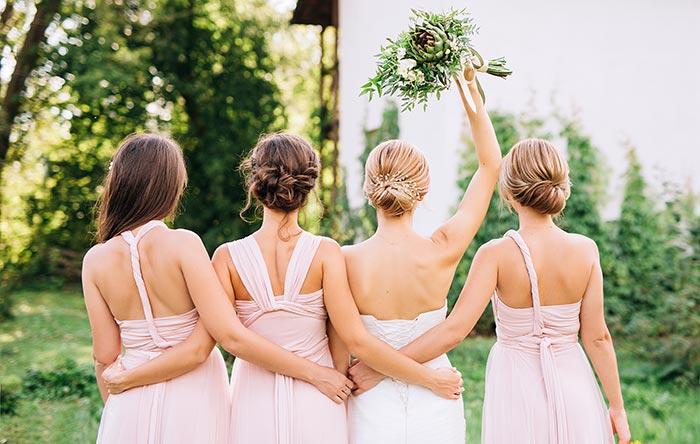 Kleider für die Hochzeit